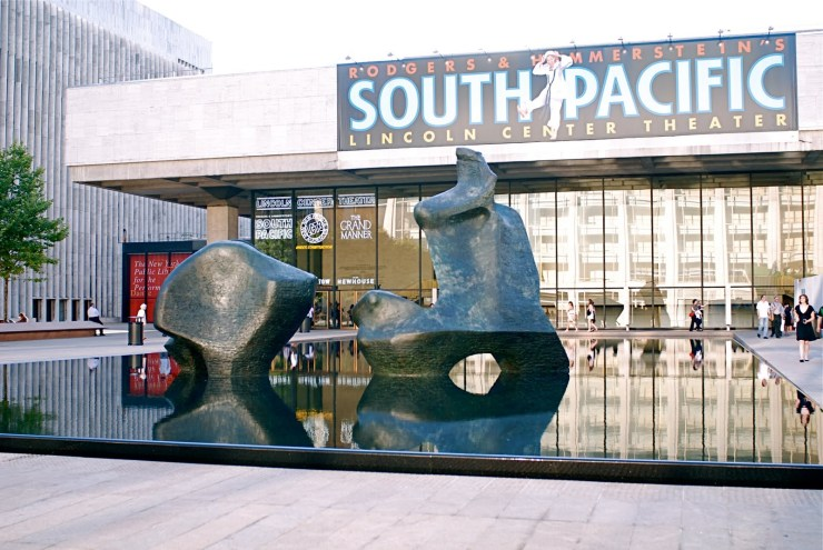 """""""Reclining Figure"""" by Henry Moore at the Lincoln Center"""