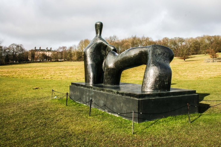 Henry Moore Reclining Figure: Arch Figure 1969-1970